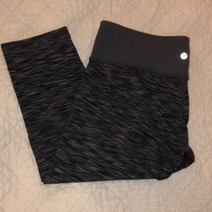 lululemon space dyed grey/black wunder under